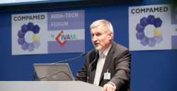 Foto: Speaker at the COMPAMED HIGH-TECH FORUM