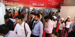 Image: People at the entrance of the MEDICA FAIR INDIA 2017; Copyright: Messe Düsseldorf